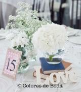colores-de-boda-centro-mesa-libros-botes