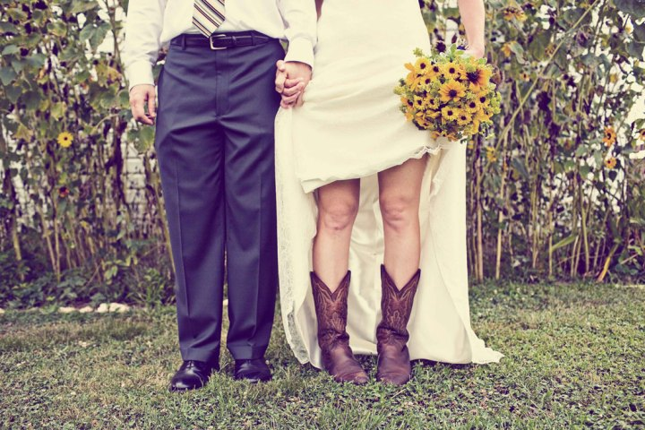 novia-botas-cowboy