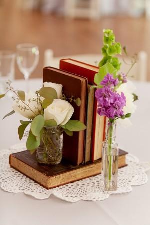 libros-vintage-centro-mesa