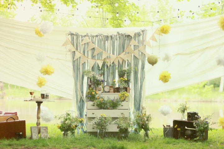 comoda-flores-cortina-cintas