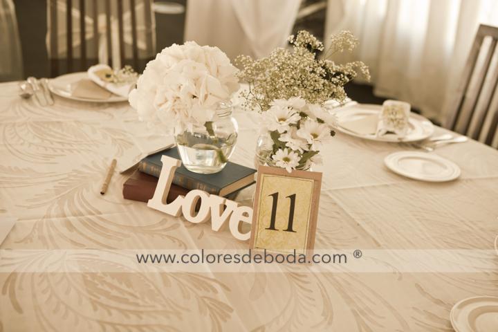 mesa-2-coloresdeboda