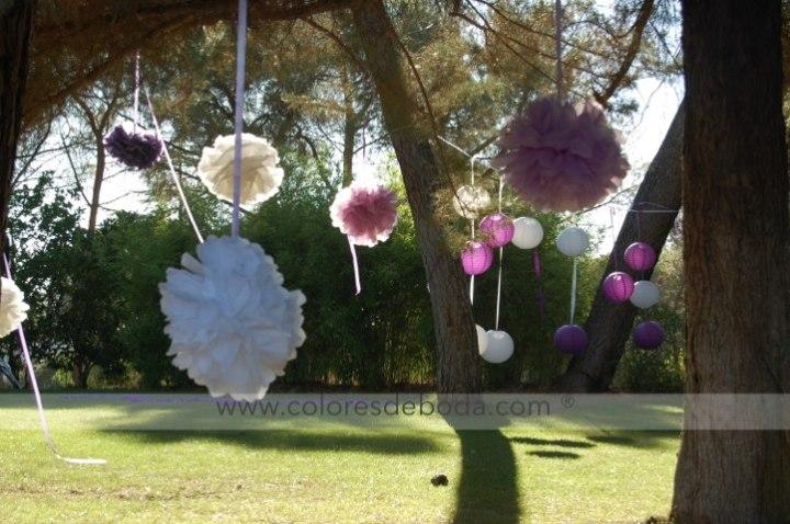 colores-de-boda-pompones-papel