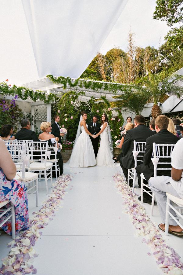 chic-samesex-wedding-60