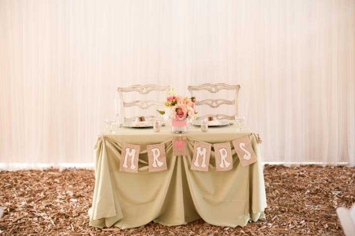 Coral-and-Sage-Green-Florida-Barn-Wedding_0037