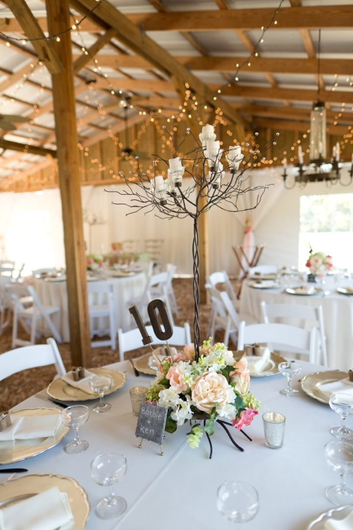 Coral-and-Sage-Green-Florida-Barn-Wedding_0043