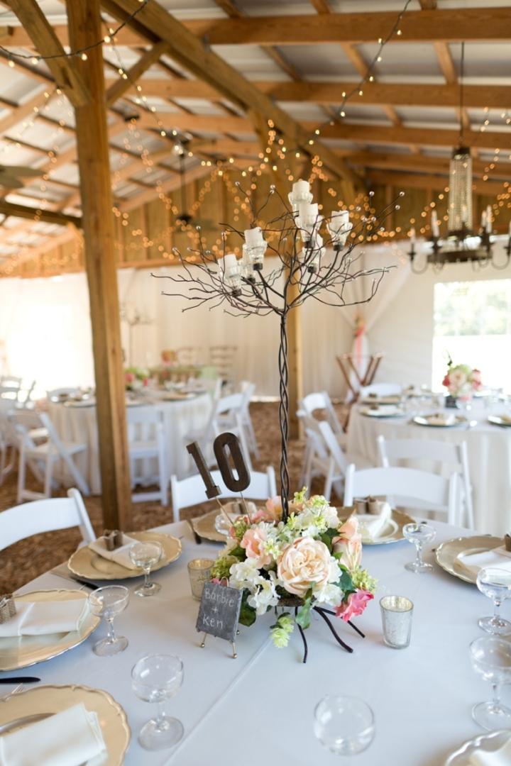 Coral-and-Sage-Green-Florida-Barn-Wedding_0043
