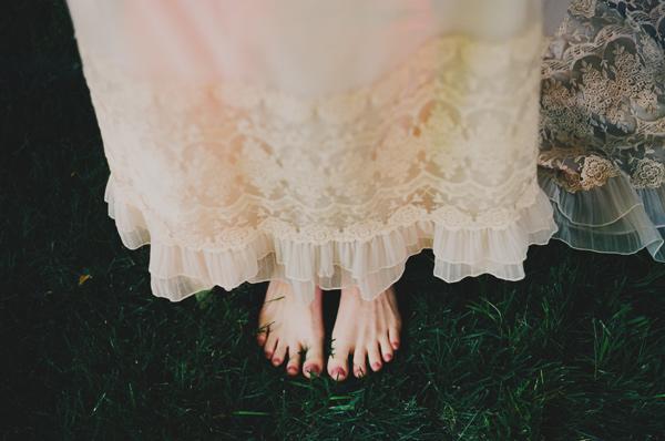colores-de-boda-novia-descalza