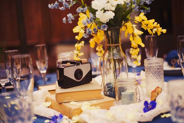 colores-de-boda-centros-mesa-camaras-vintage