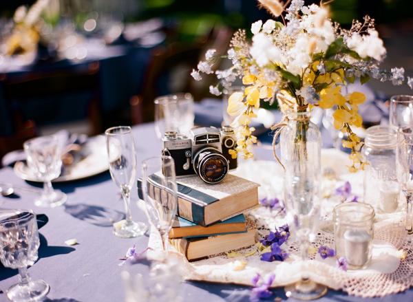 colores-de-boda-centro-mesa-camara-vintage