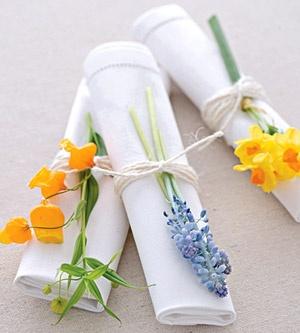 colores-de-boda-flores-servilletas-banquete-1