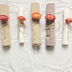 colores-de-boda-flores-servilletas-banquete-3