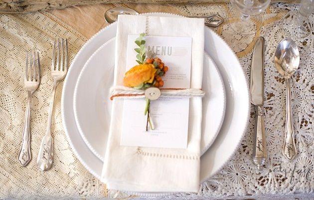 colores-de-boda-flores-servilletas-banquete-4