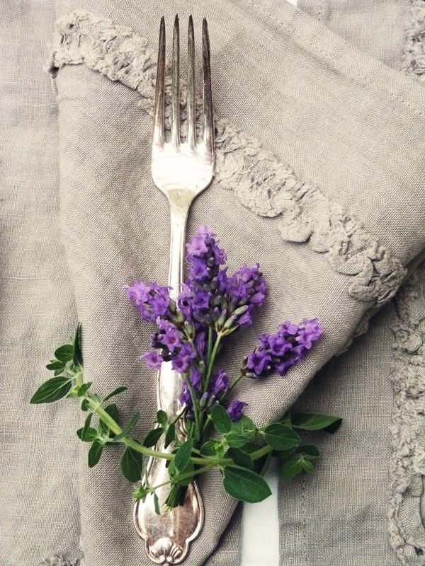colores-de-boda-flores-servilletas-banquete-9