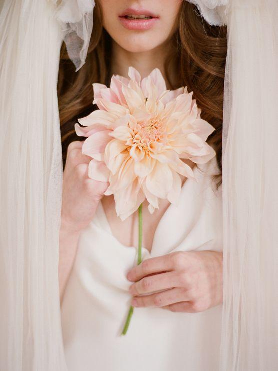 colores-de-boda-ramo-una-flor-10