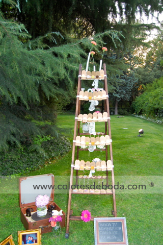 4-colores_de_boda-seating-escaleras-chapas-2