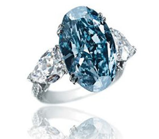 colores-de-boda-el-anillo-mas-caro-del-mundo