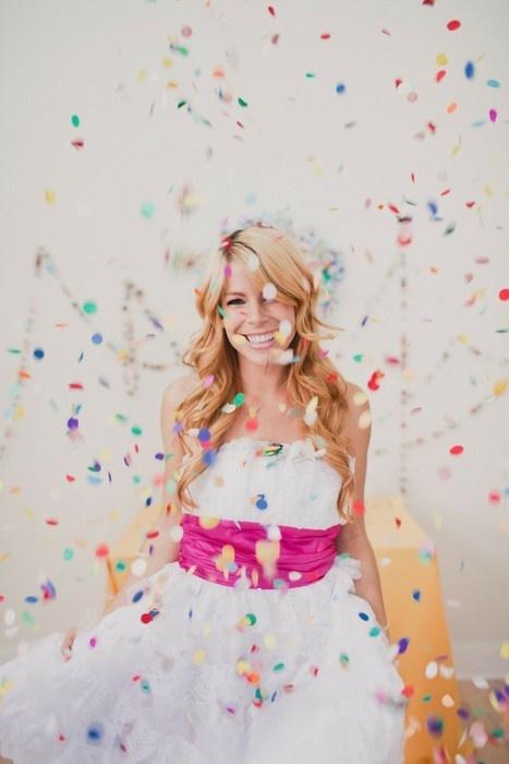 colores-de-boda-lanzar-novios-confetti-6