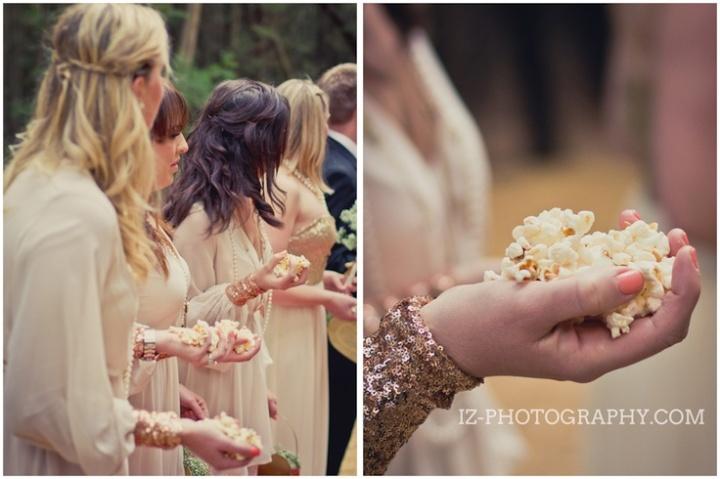 colores-de-boda-lanzar-palomitas-novios-5