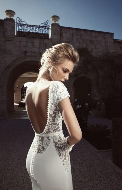 colores-de-boda-vestido-novia-espalda-aire-2