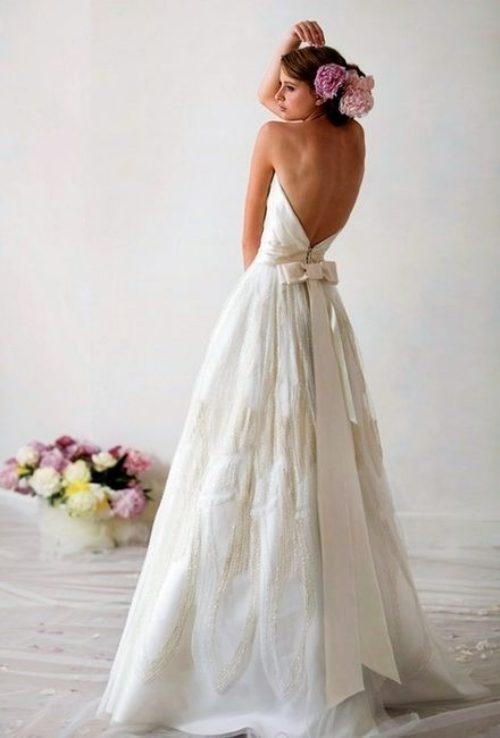 colores-de-boda-vestido-novia-espalda-aire-6