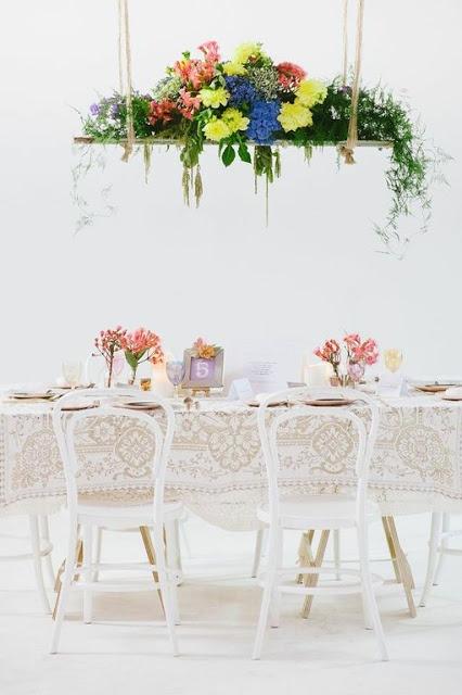 colores-de-boda-arreglos-florales-suspendidos-5