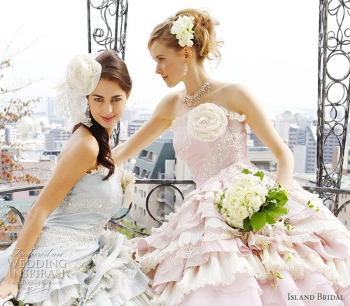 colores-de-boda-vestido-novia-azul-bebe-3