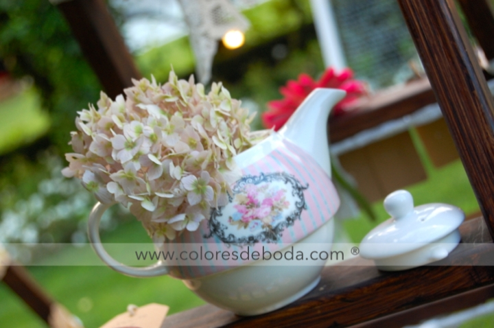 colores-de-boda-tetera-hortensias
