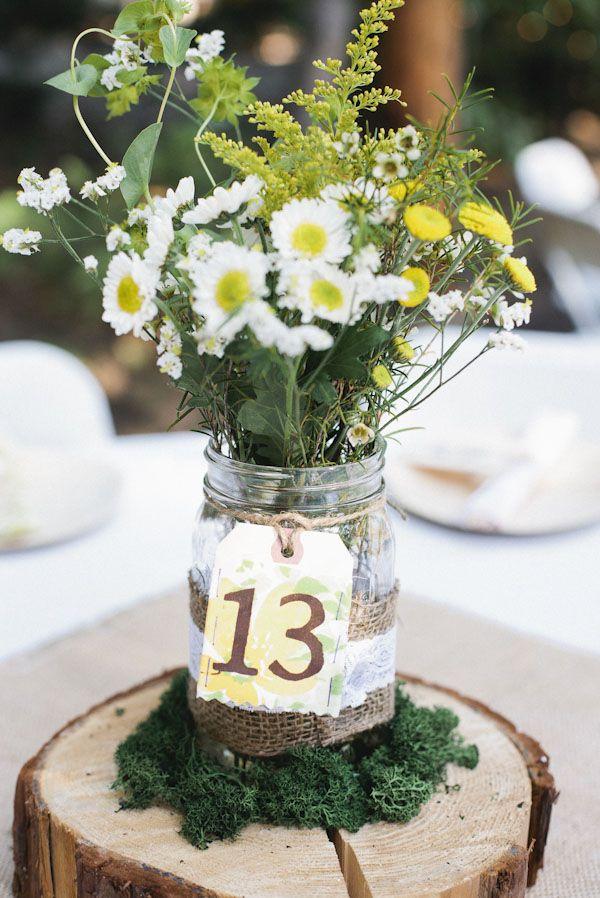colores-de-boda-meseros-etiquetas