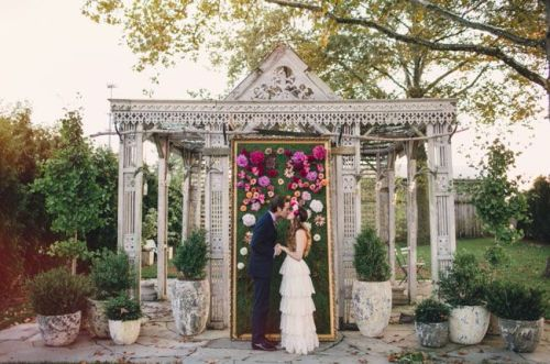 colores-de-boda-panel-flores-ceremonia-11