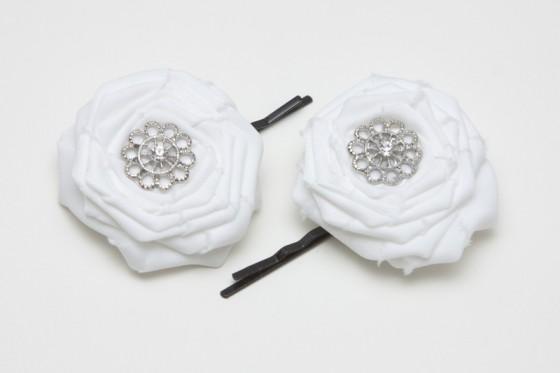 colores-de-boda-ramo-flores-tela-blanca-blanco-11