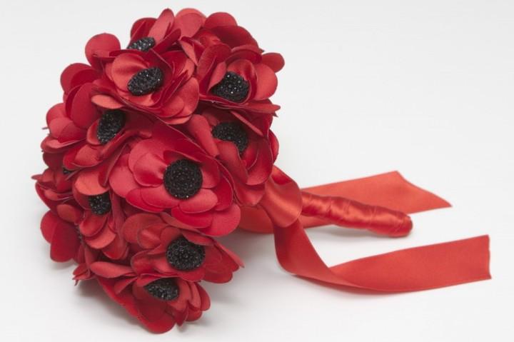 colores-de-boda-ramo-flores-tela-blanca-blanco-3