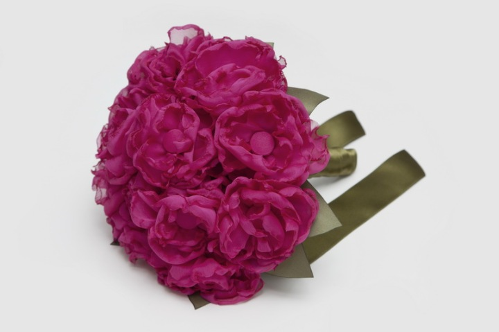 colores-de-boda-ramo-flores-tela-blanca-blanco-5