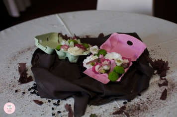 colores-de-boda-centros-de-mesa-hueveras-flores-mara