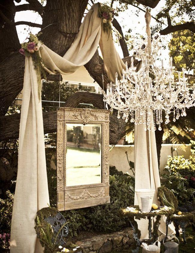 colores-de-boda-ceremonia-espejo-lampara