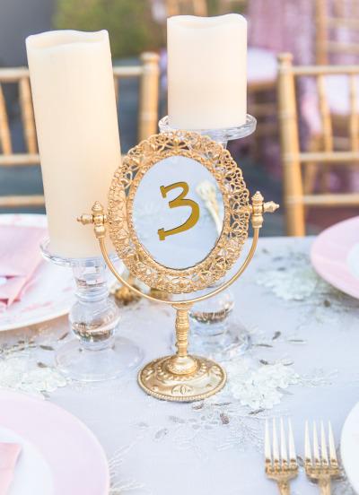 Elementos decorativos para tu boda espejos colores de boda for Espejos para mesa