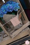 colores-de-boda-seating-plan-flores-arpillera
