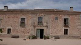 colores-de-boda-13-palacio-hoyuelos-decoracion-entrada