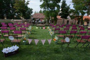 colores-de-boda-22-ceremonia-fucsia