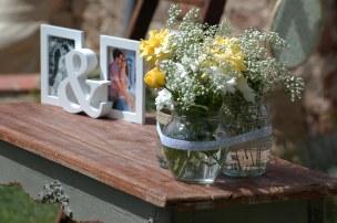 colores-de-boda-42-ceremonia-civil-mesa-bote-flor