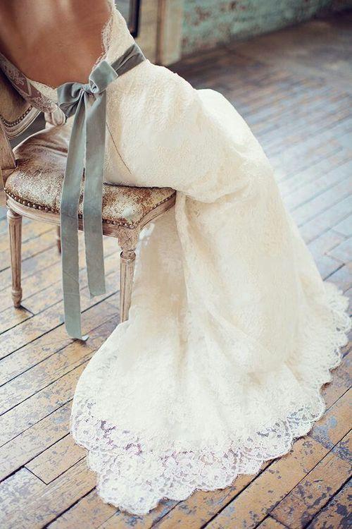 colores-de-boda-vestido-novia-lazo-espalda-1 – colores de boda