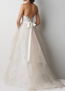 colores-de-boda-vestido-novia-lazo-espalda-2