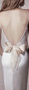 colores-de-boda-vestido-novia-lazo-espalda-3
