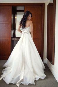 colores-de-boda-vestido-novia-lazo-espalda-4
