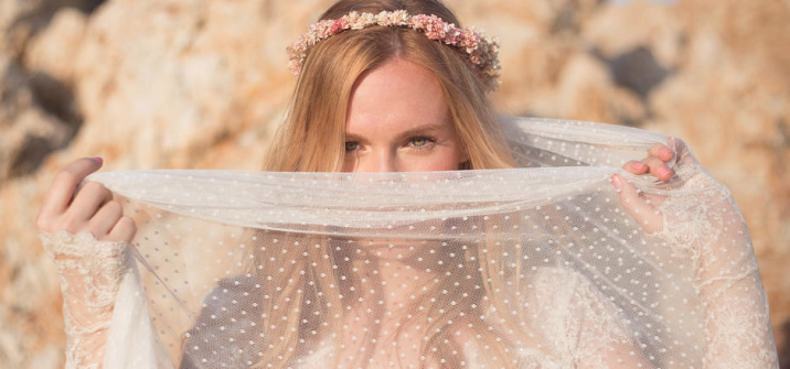 colores-de-boda-corona-flores-novia-boho-folk-hippie-sweetboheme
