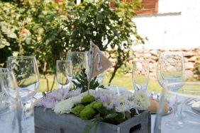 colores-de-boda-91-organizacion-bodas-centro-de-mesa-caja-flor-2