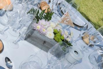 colores-de-boda-93-organizacion-bodas-centro-de-mesa-caja-flor-3