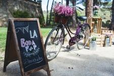 decoracion-bodas-madrid-rincon-bienvenida-pizarra-bicicleta-pf