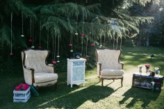 decoracion-bodas-madrid-043-photobooth-sillones-vintage