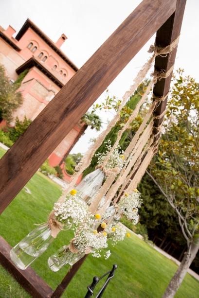 colores-de-boda-organización-bodas-025-ceremonia-civil-backdrop-arco-botes-flor