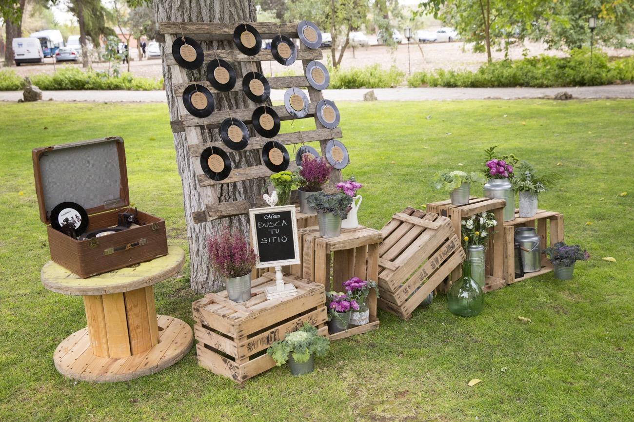 Colores de boda seating plan palets vinilos damajuanas - Vinilos para habitaciones de matrimonio ...